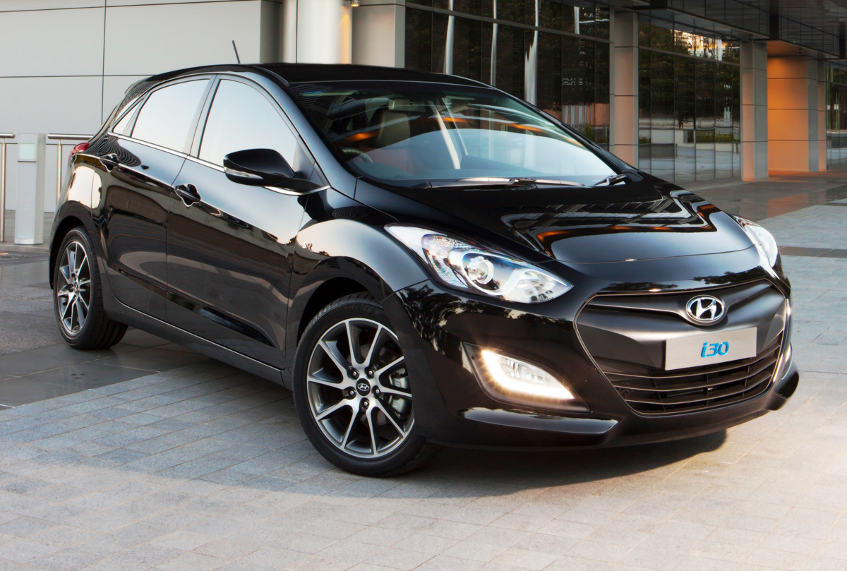hyundai i30 review and photos. Black Bedroom Furniture Sets. Home Design Ideas