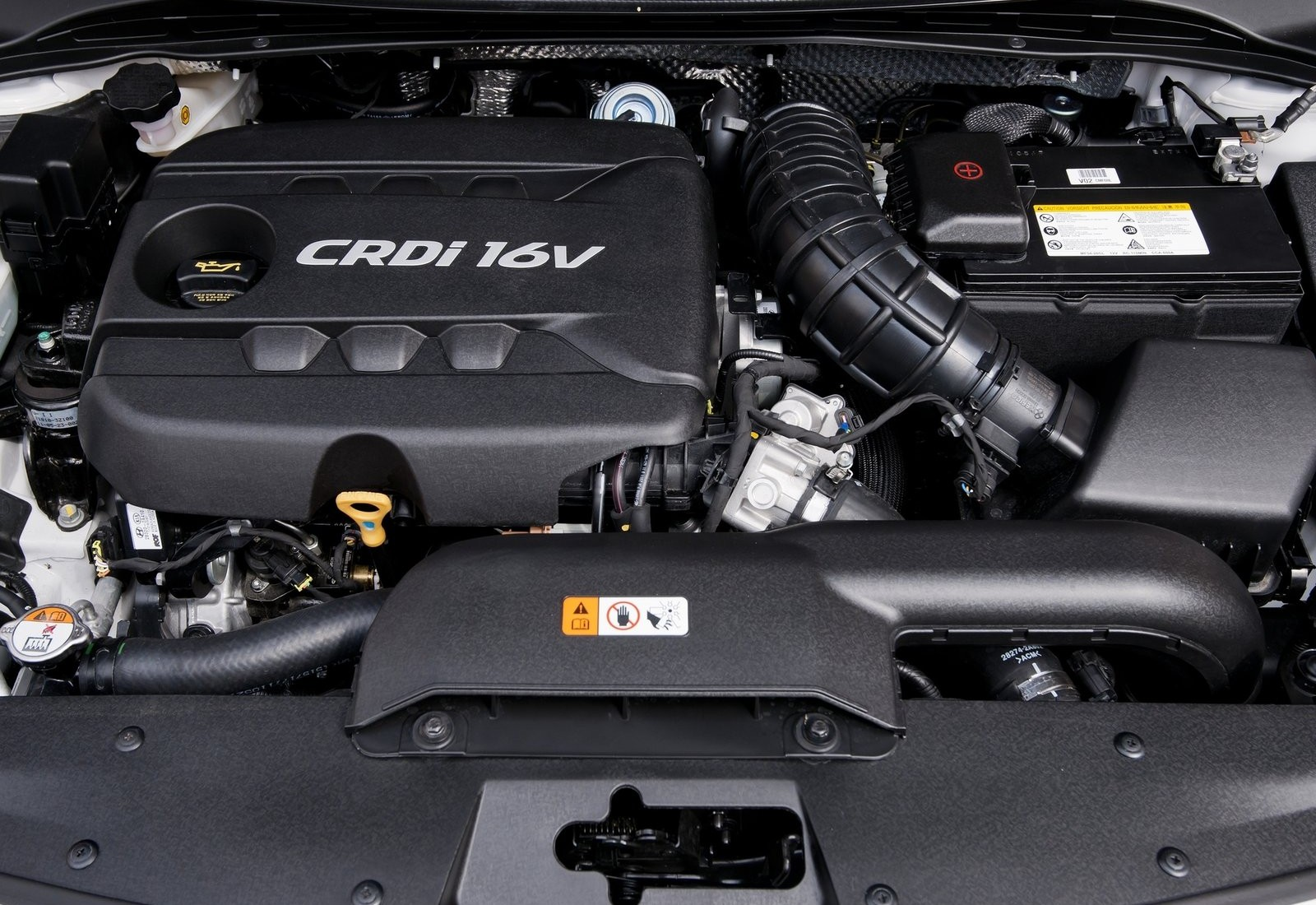 HYUNDAI I40 engine