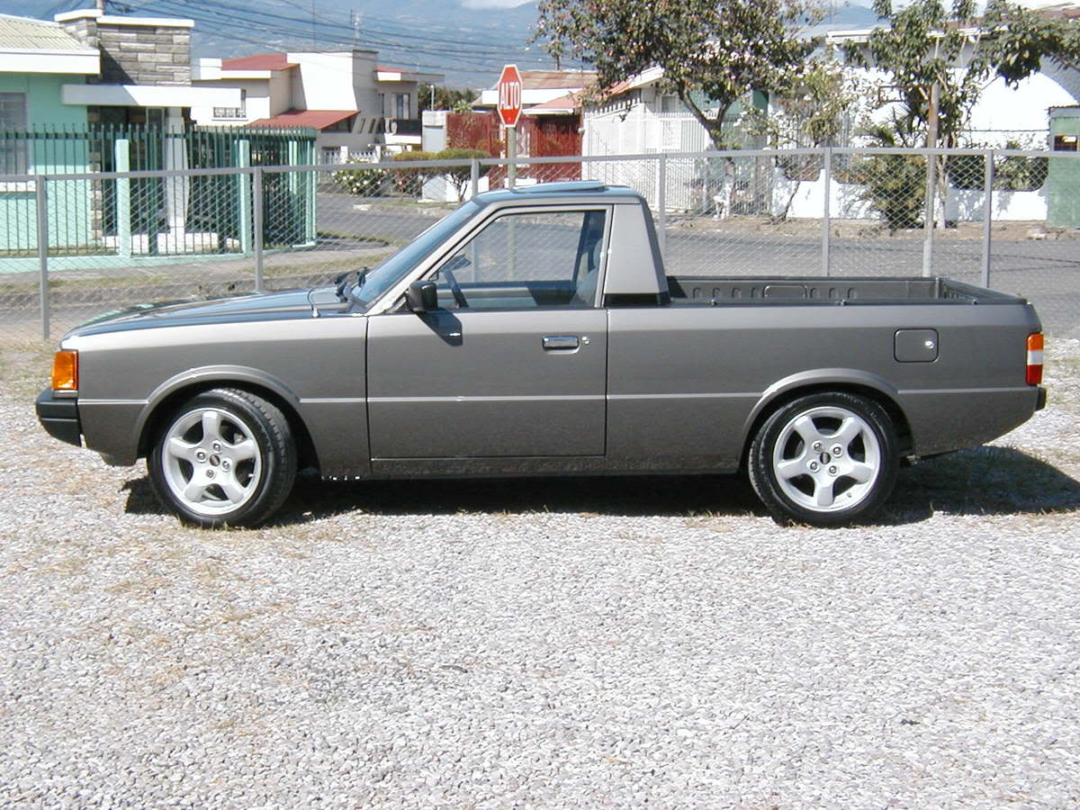 HYUNDAI PONY PICKUP brown