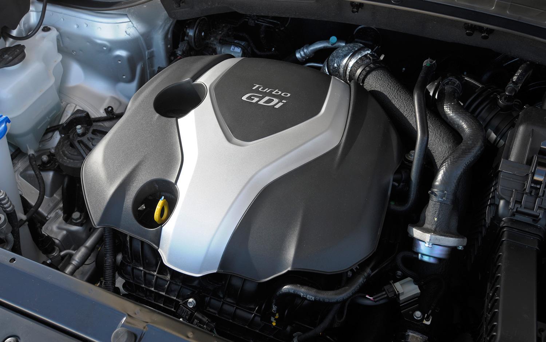 HYUNDAI SANTE FE engine