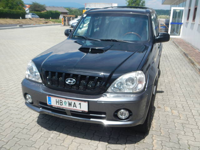 HYUNDAI TERRACAN 2.9 CRDI black