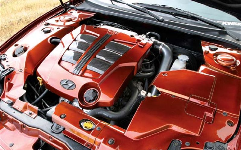 HYUNDAI TIBURON engine