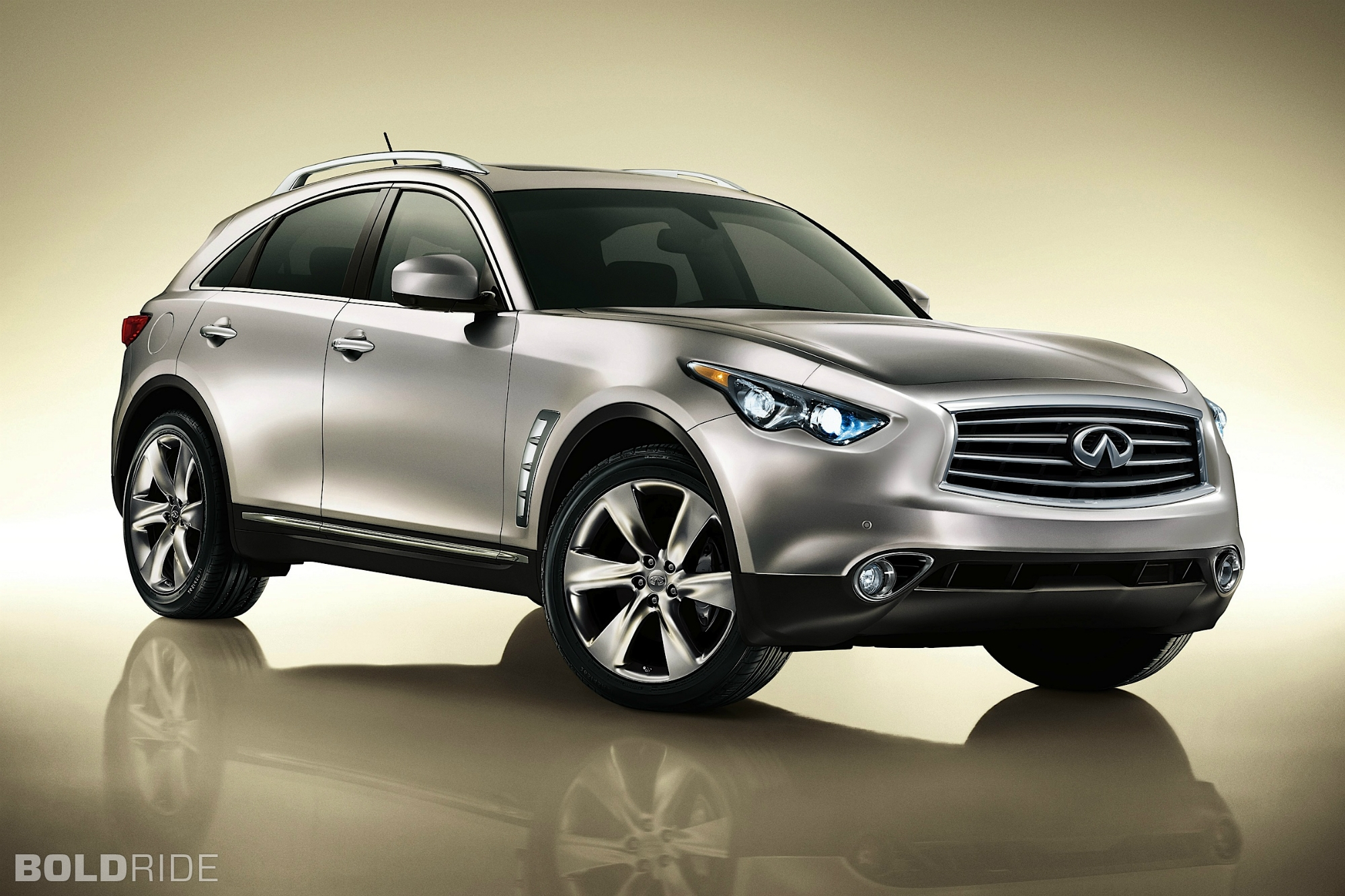 INFINITI FX - Review and photos