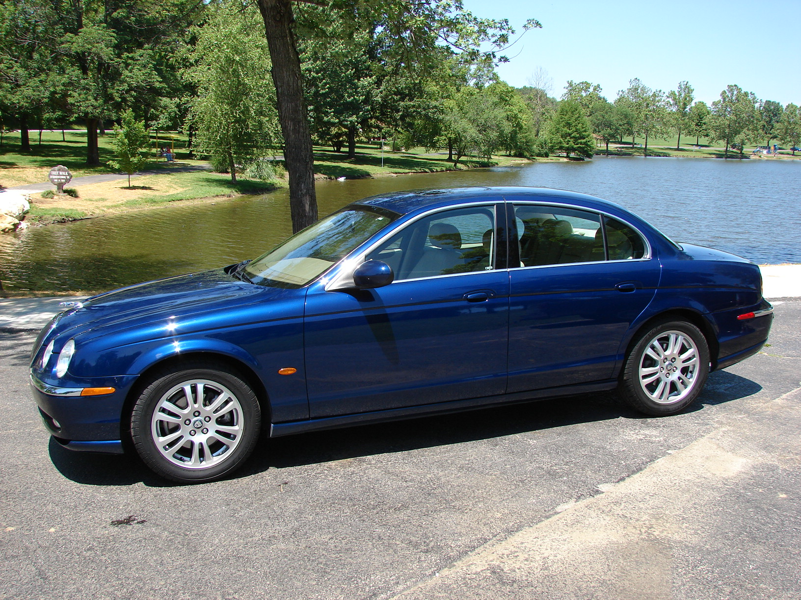 JAGUAR S-TYPE blue