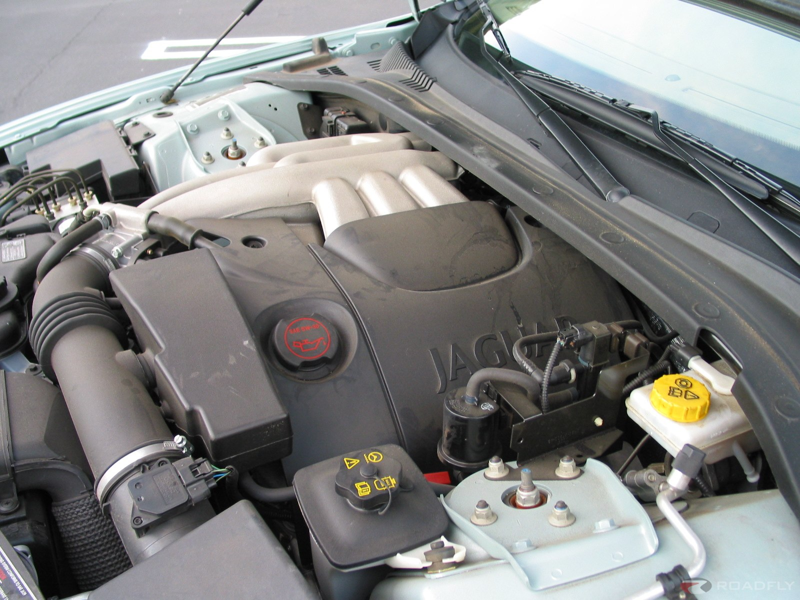JAGUAR S-TYPE engine