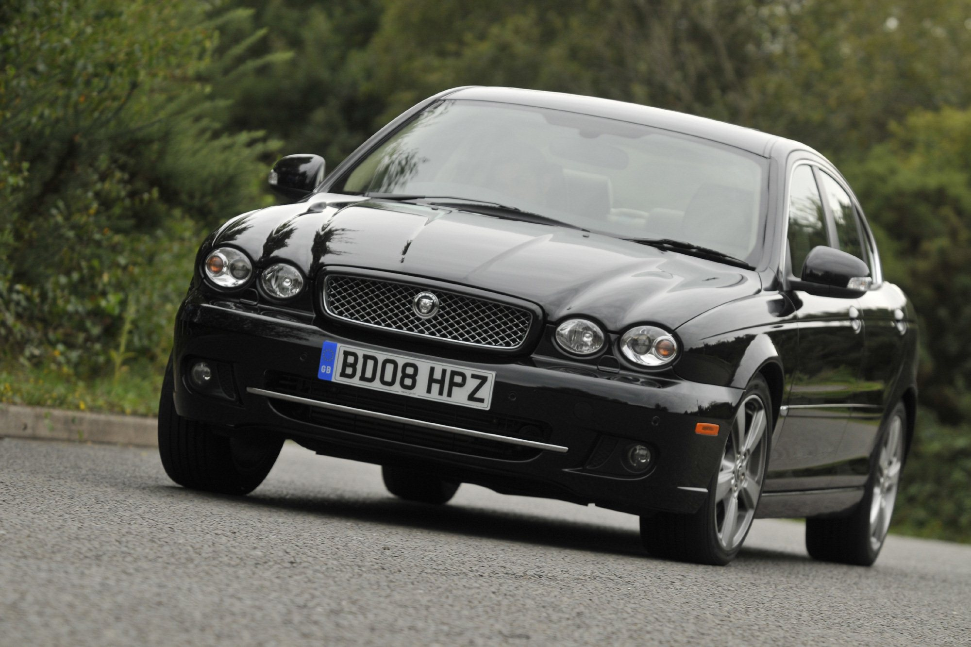 JAGUAR X-TYPE 2.0 D white
