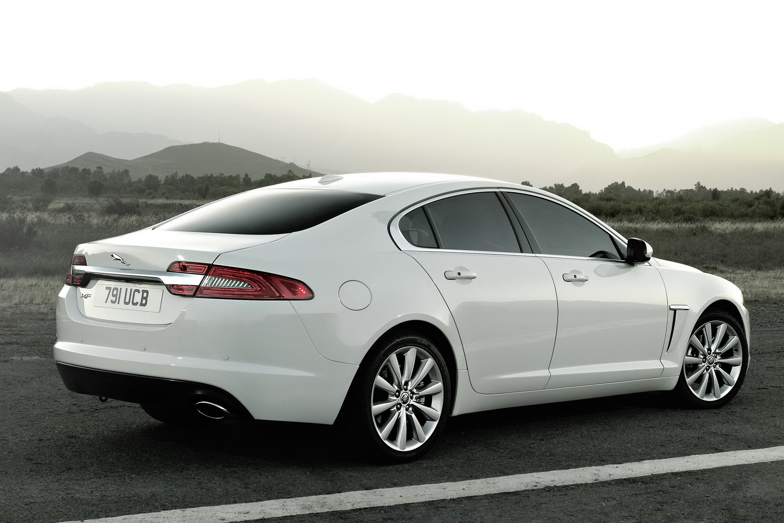model jaguar supercharged xf blue advertdetail colour mileage auto type year portfolio