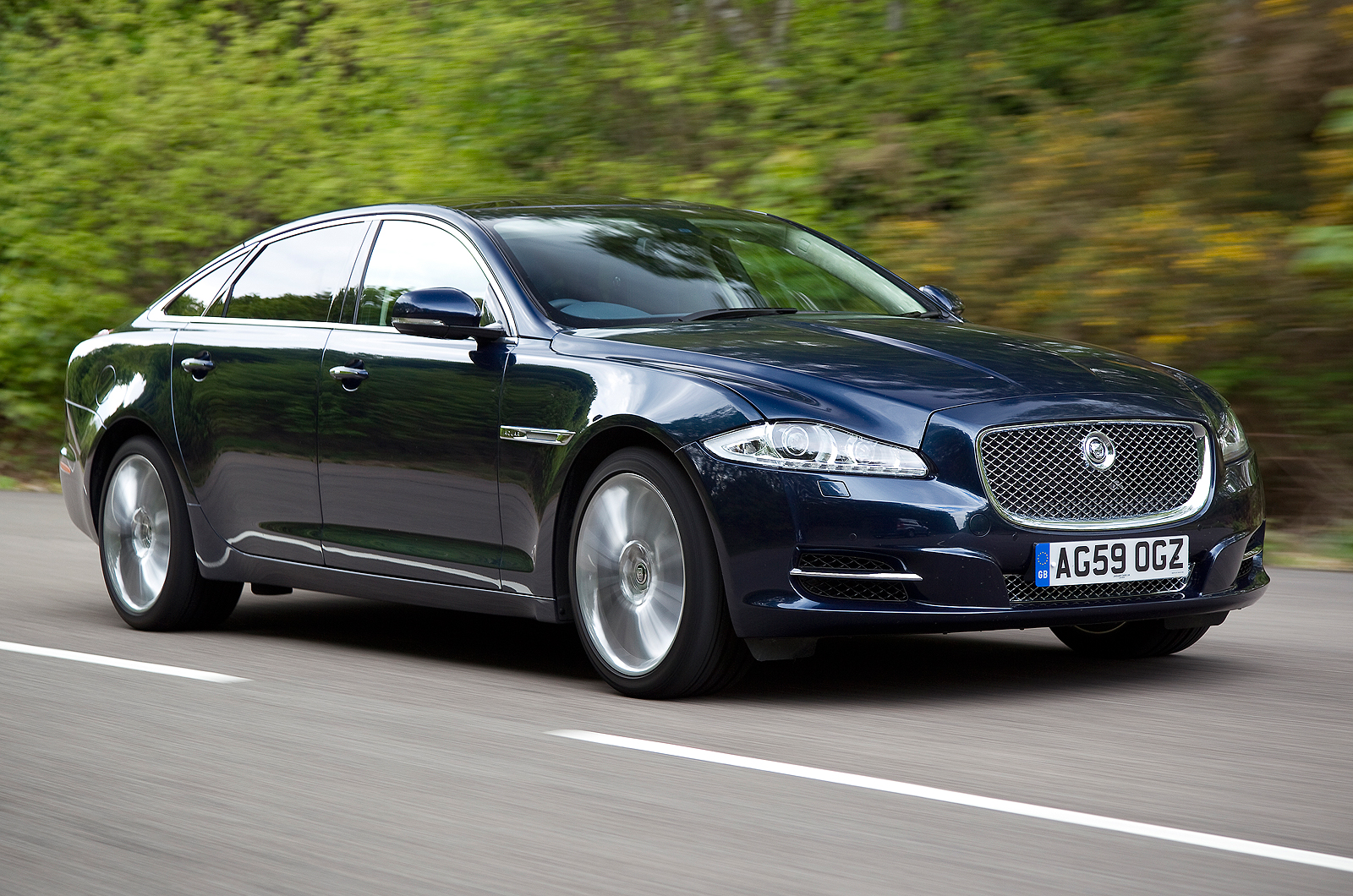 Jaguar Xj Review And Photos