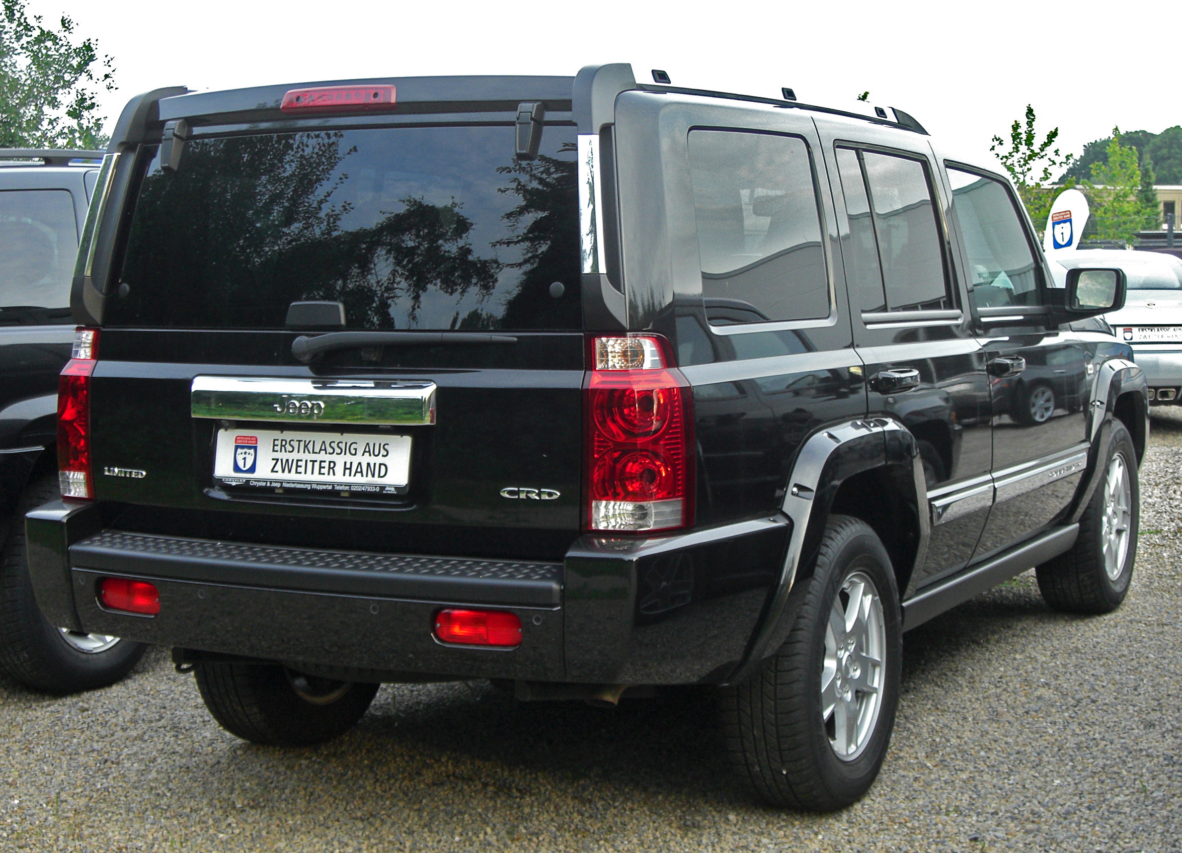 JEEP COMMANDER 3.0 CRD red