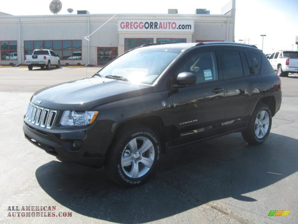 JEEP COMPASS 4X4 black