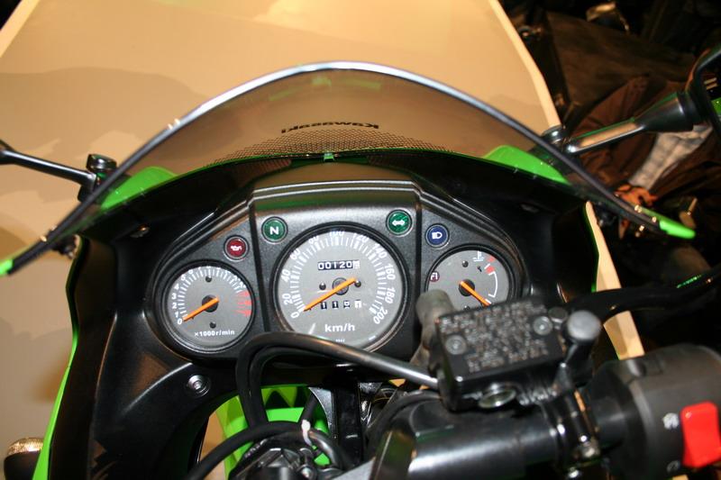 KAWASAKI 250 ESTRELLA green