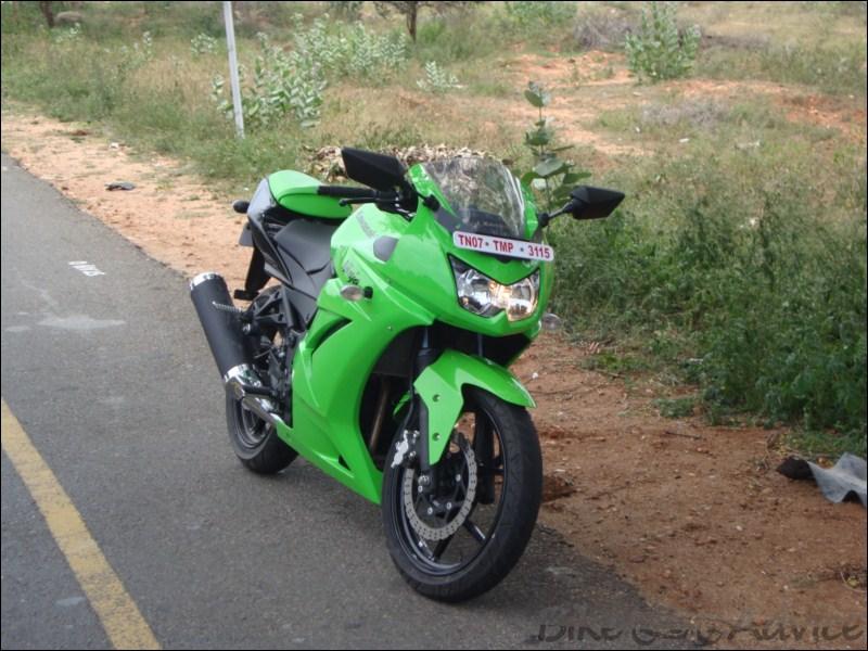 KAWASAKI 250 green
