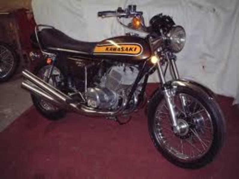 KAWASAKI 750 brown