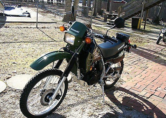 KAWASAKI KLR 250 green