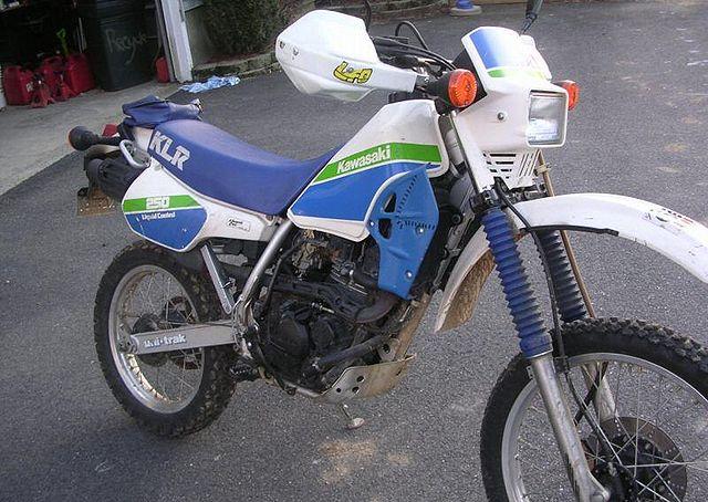 KAWASAKI KLR 250 white