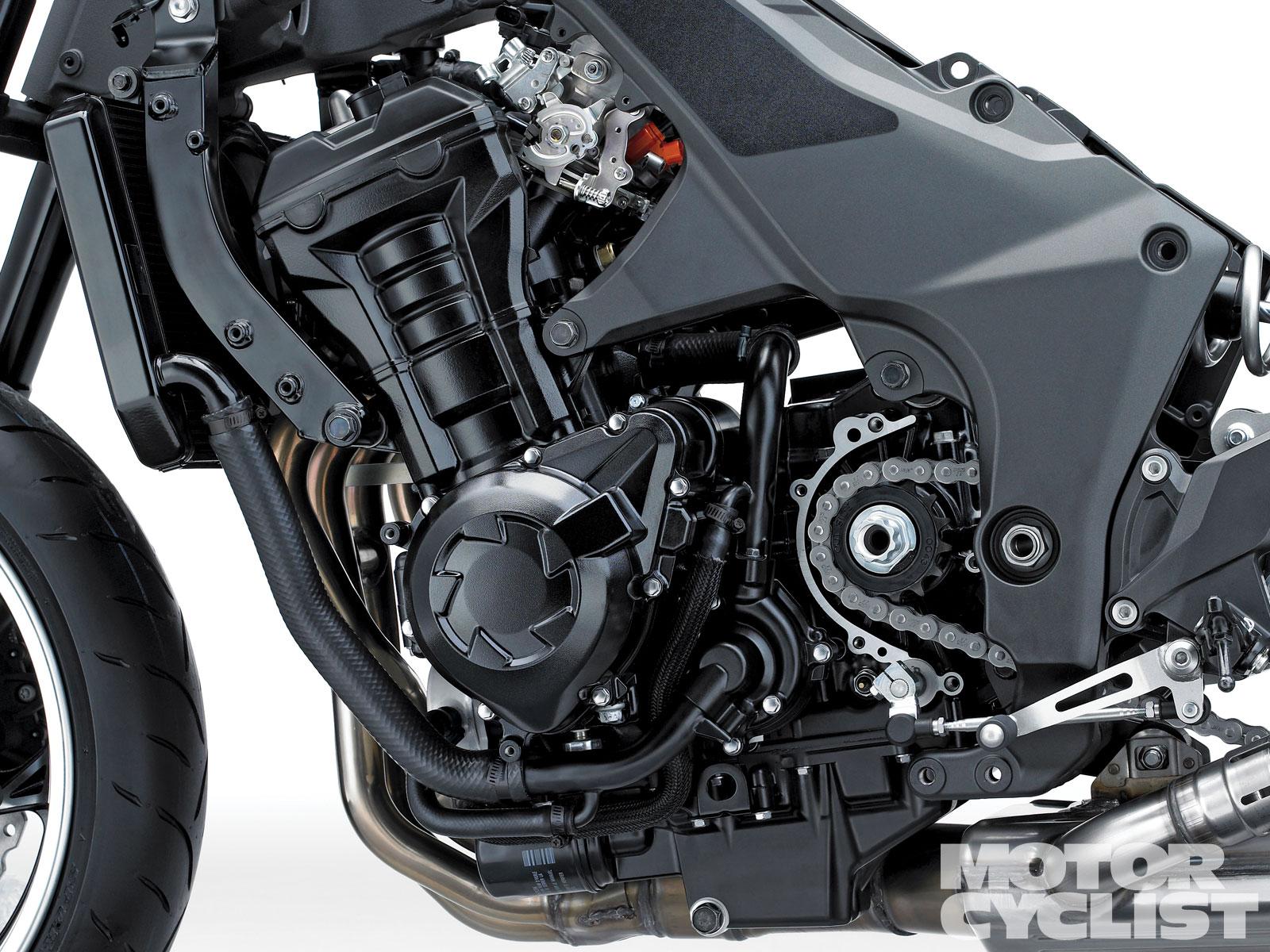 KAWASAKI Z1000 engine
