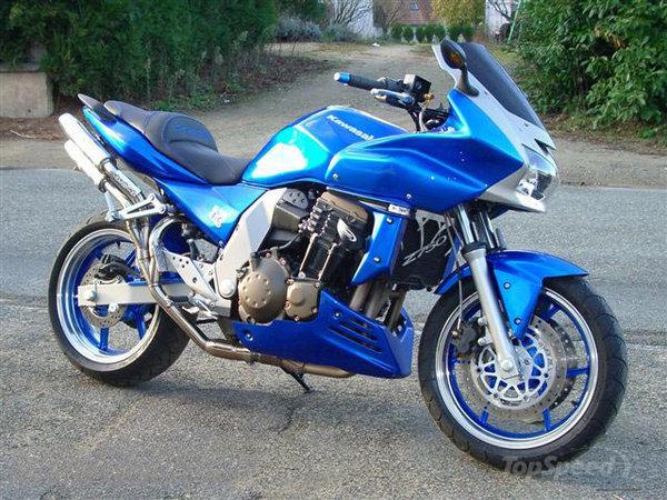 KAWASAKI Z750 blue
