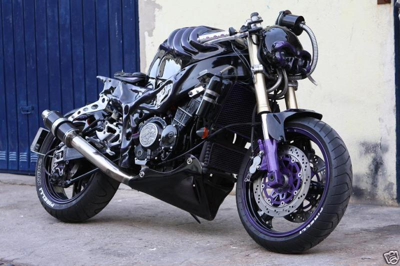 KAWASAKI ZRX 400 black