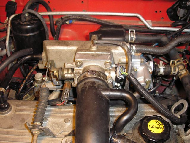 KIA AVELLA engine