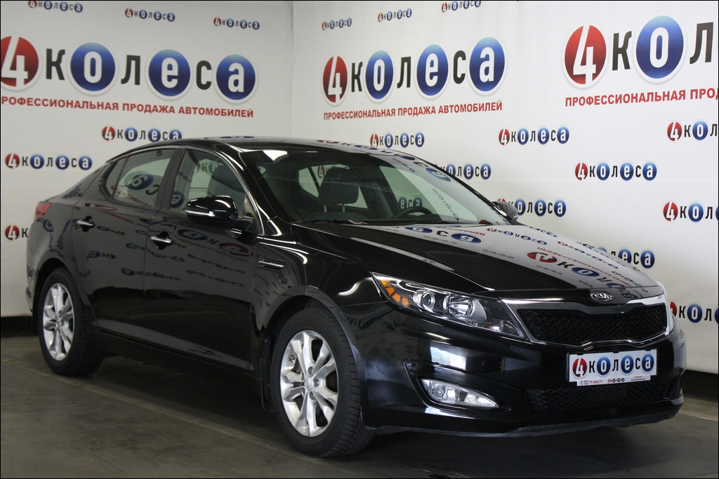 KIA OPTIMA 2.4 black