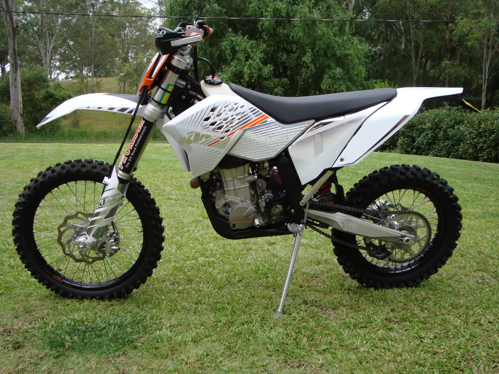 KTM 300 EXC white