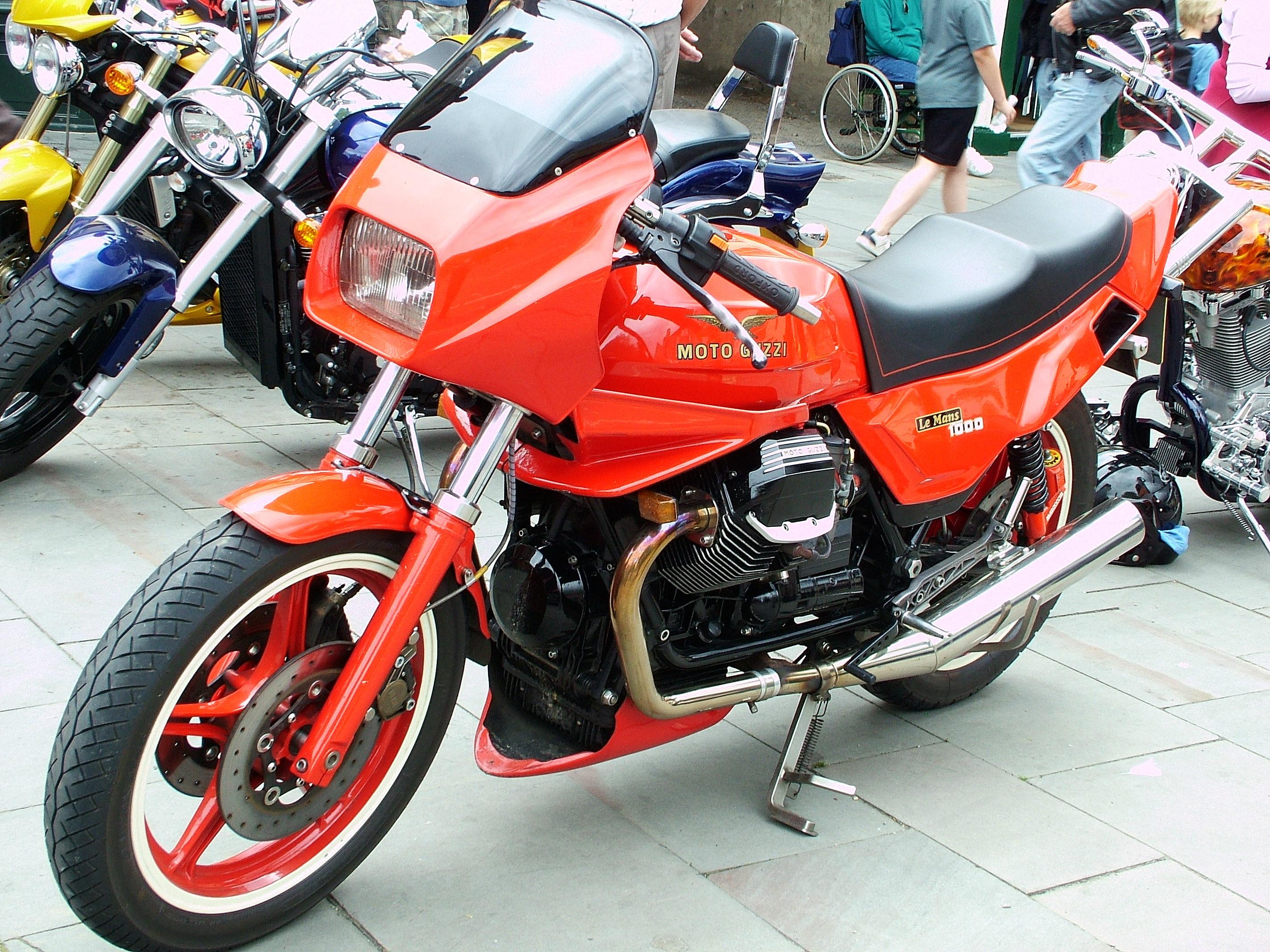KTM 300 red