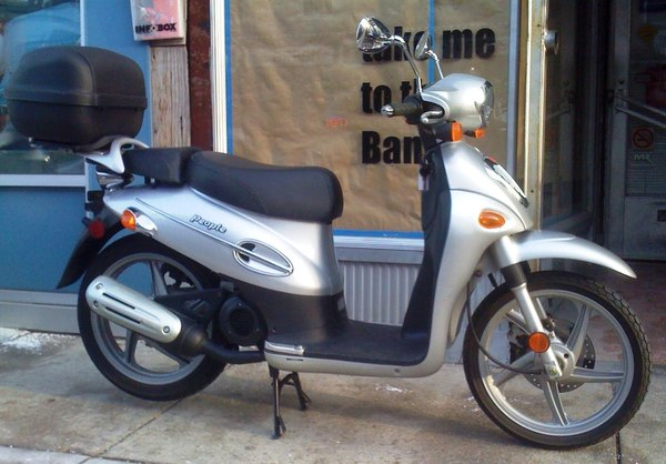 KYMCO PEOPLE silver