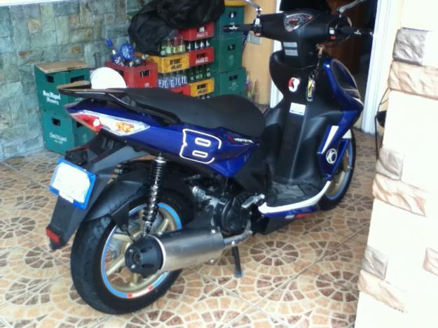 KYMCO SUPER 8 125 blue