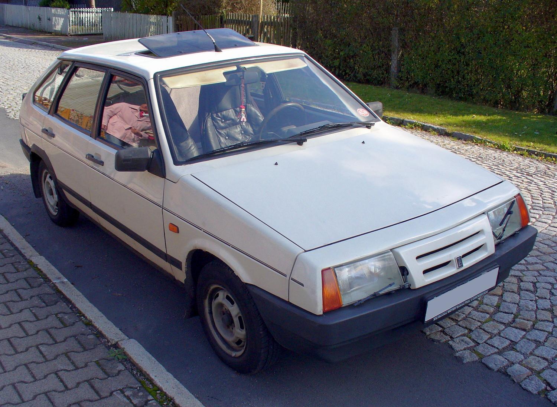 LADA SAMARA 1300 white
