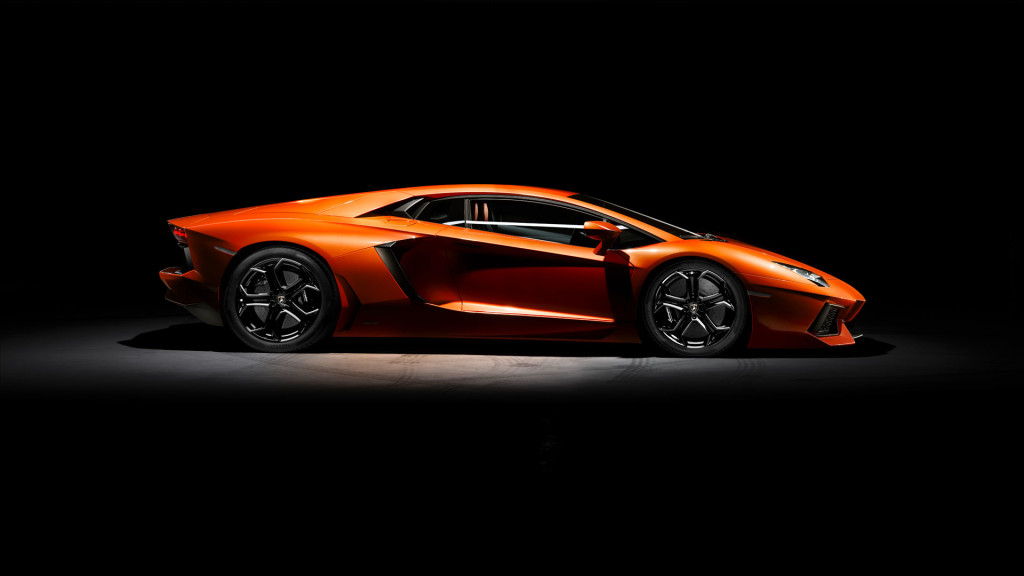 LAMBORGHINI AVENTADOR LP 700-4 brown