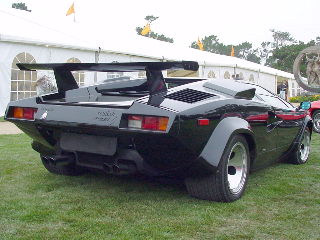 LAMBORGHINI COUNTACH 5000 black