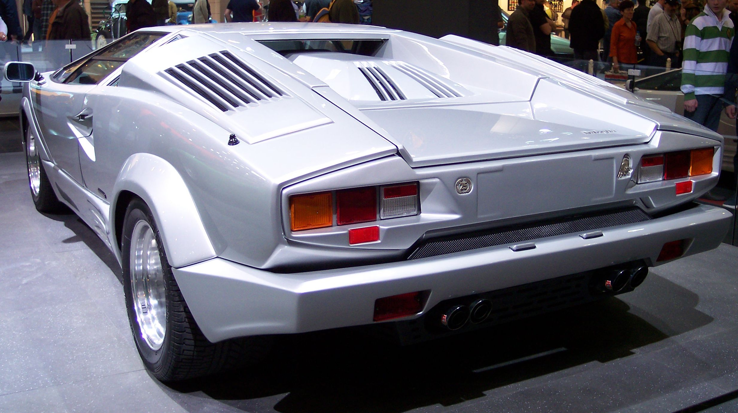 sale photo s original review road countach car for reviews and driver test lamborghini