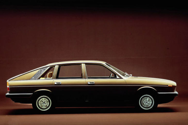 LANCIA GAMMA COUPE brown