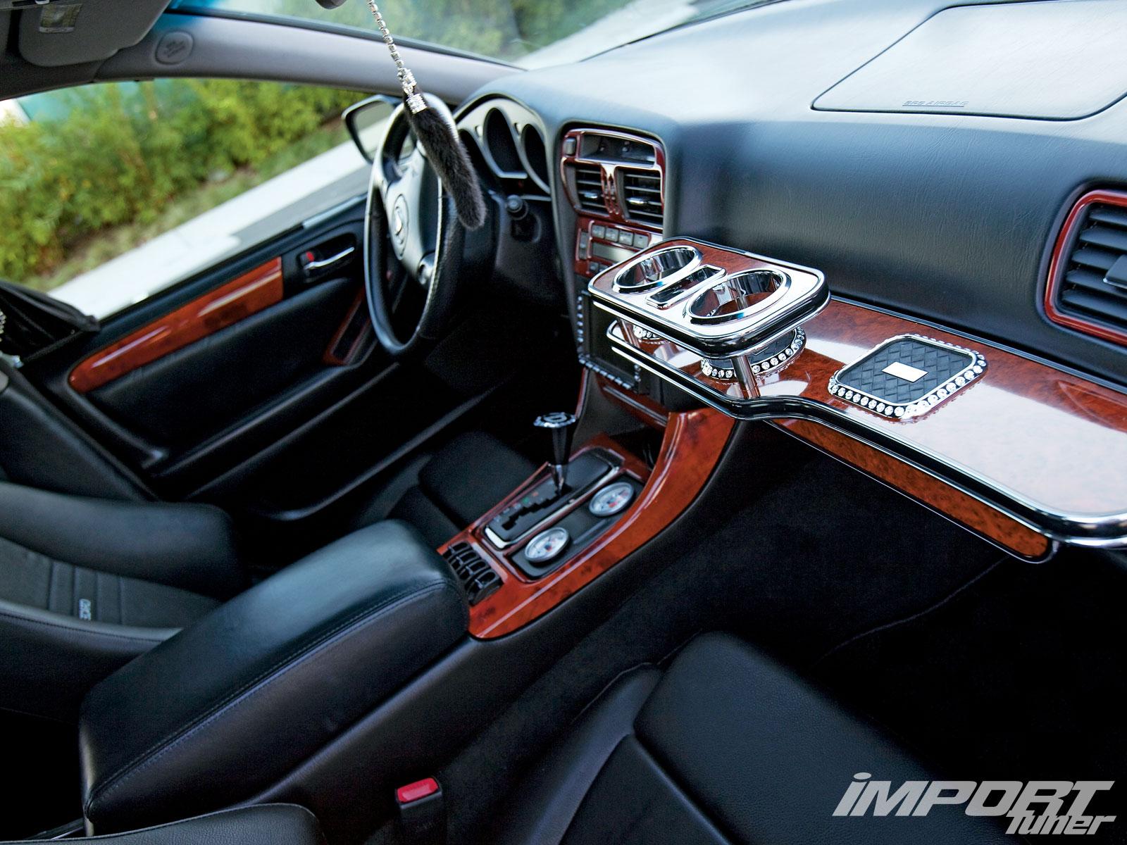 LEXUS GS 300 interior