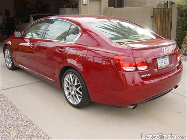 LEXUS GS red