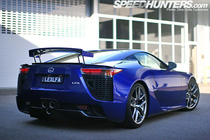 Good LEXUS LFA Blue