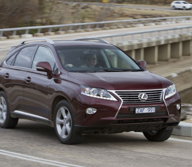LEXUS RX 270 brown