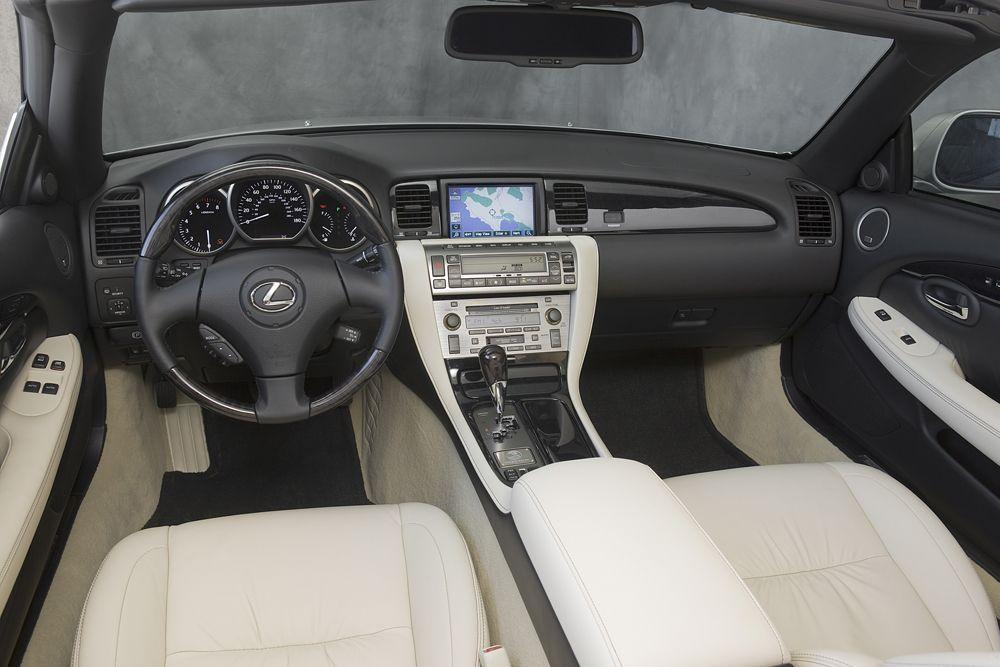 LEXUS SC interior