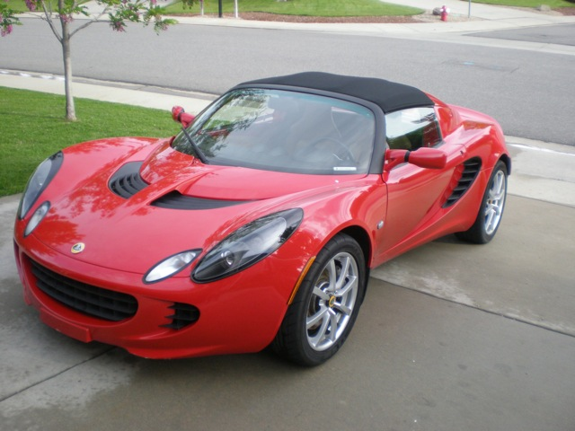 LOTUS ELISE CONVERTIBLE red