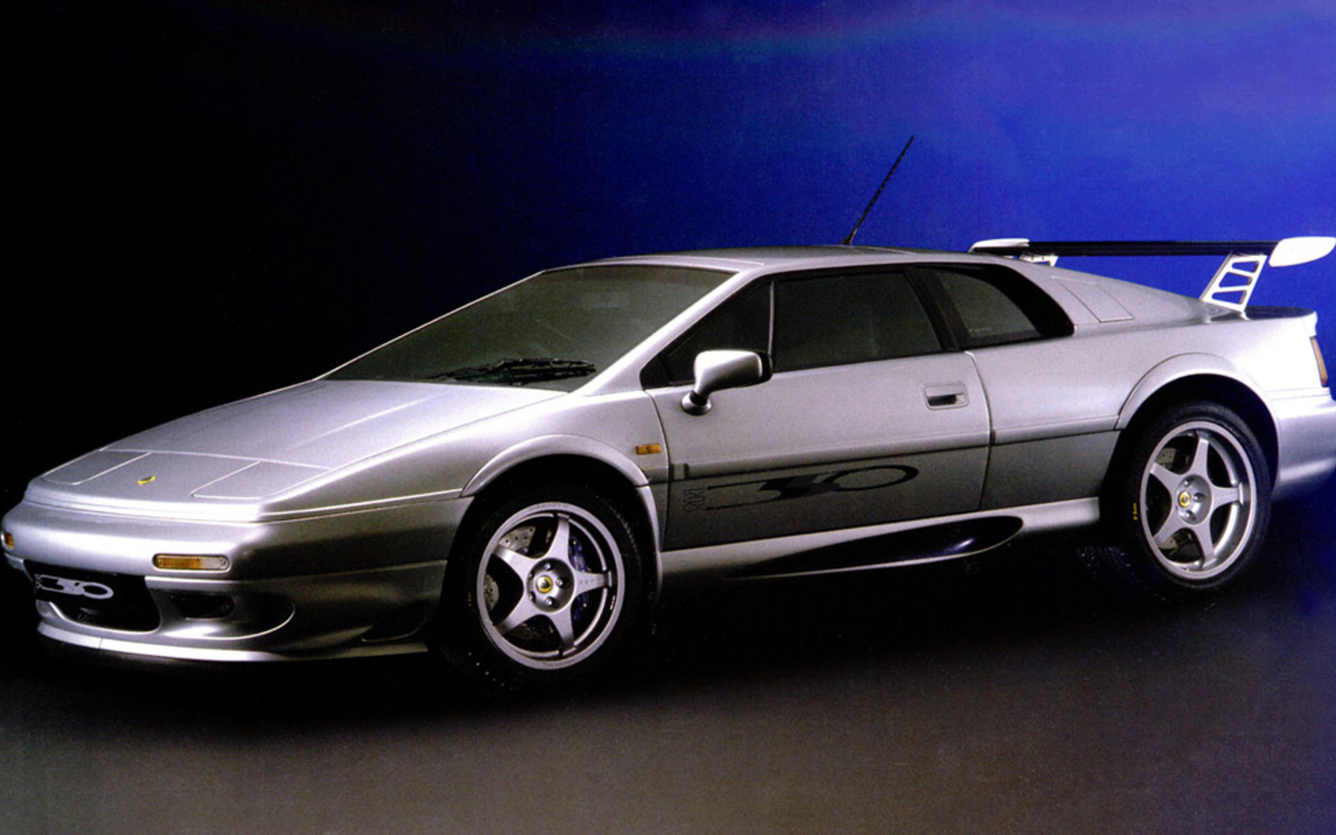 LOTUS ESPRIT 350 white
