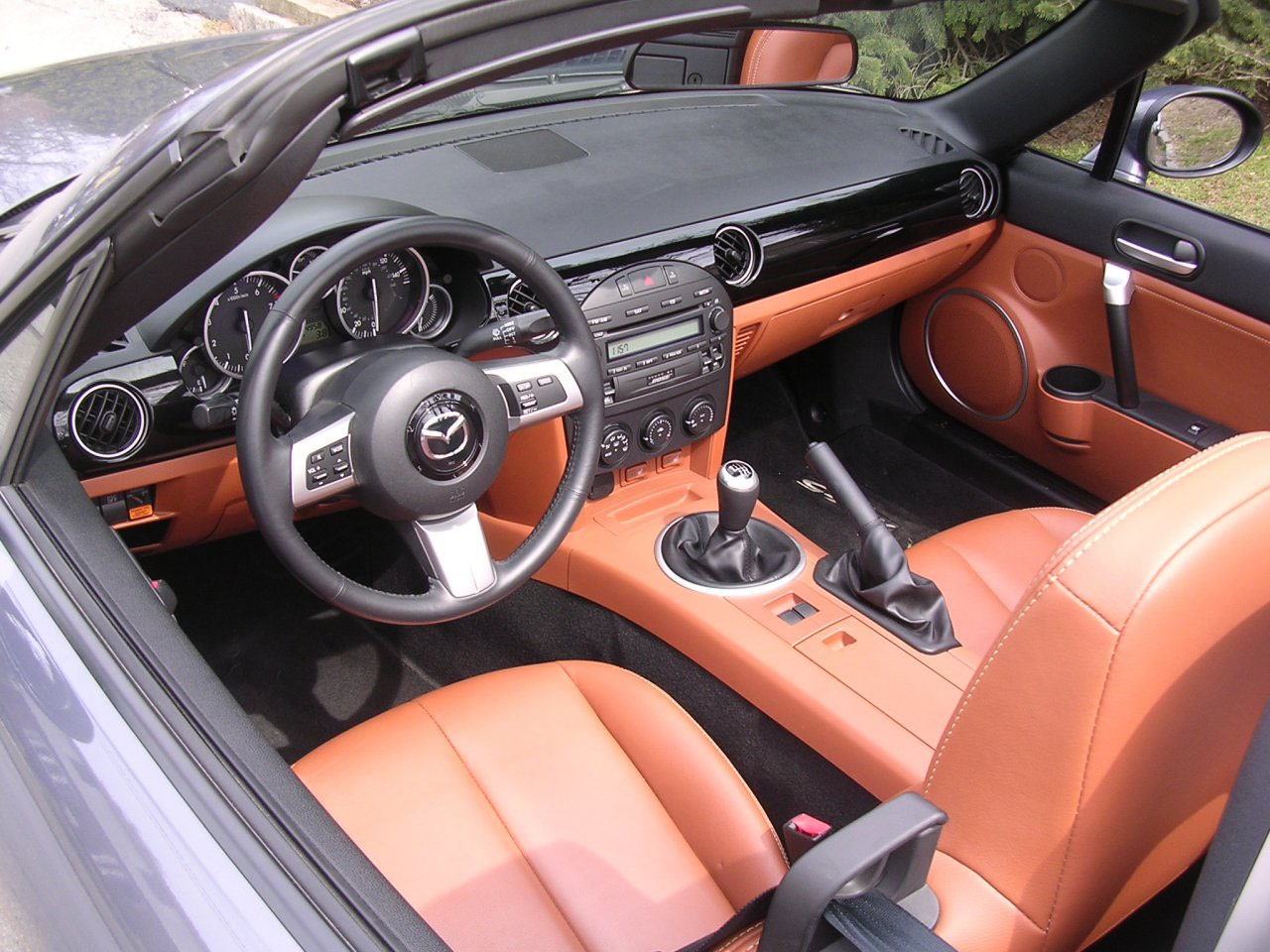 mazda miata pictures posters news and videos on your pursuit hobbies interests and worries. Black Bedroom Furniture Sets. Home Design Ideas