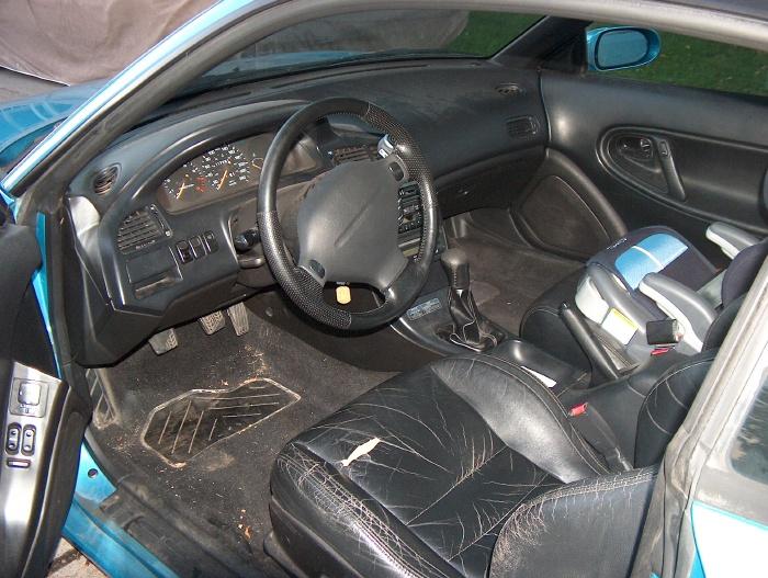 MAZDA MX-6 interior