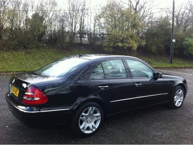 MERCEDES-BENZ 220 CDI black