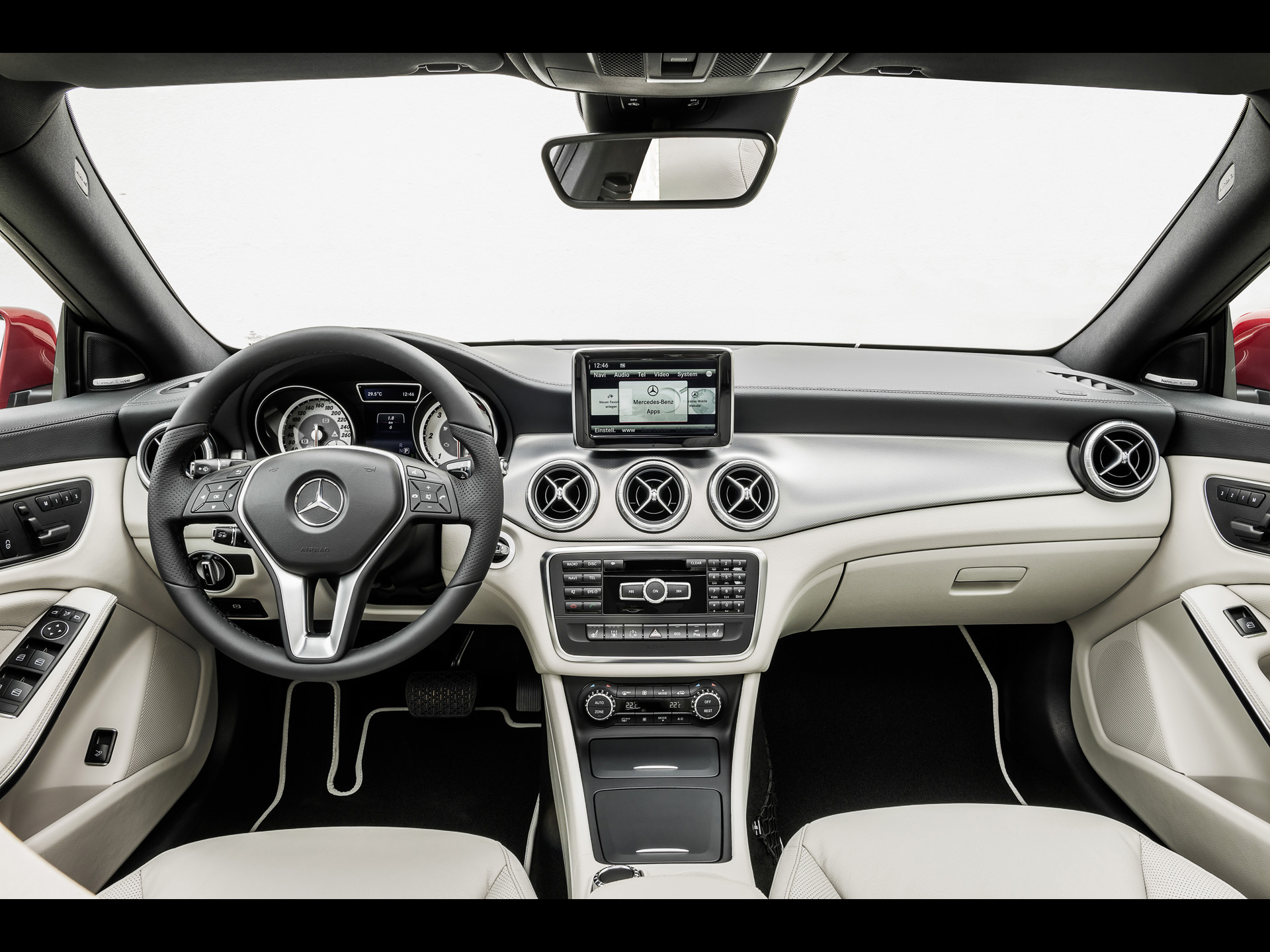 MERCEDES-BENZ 220 CDI interior