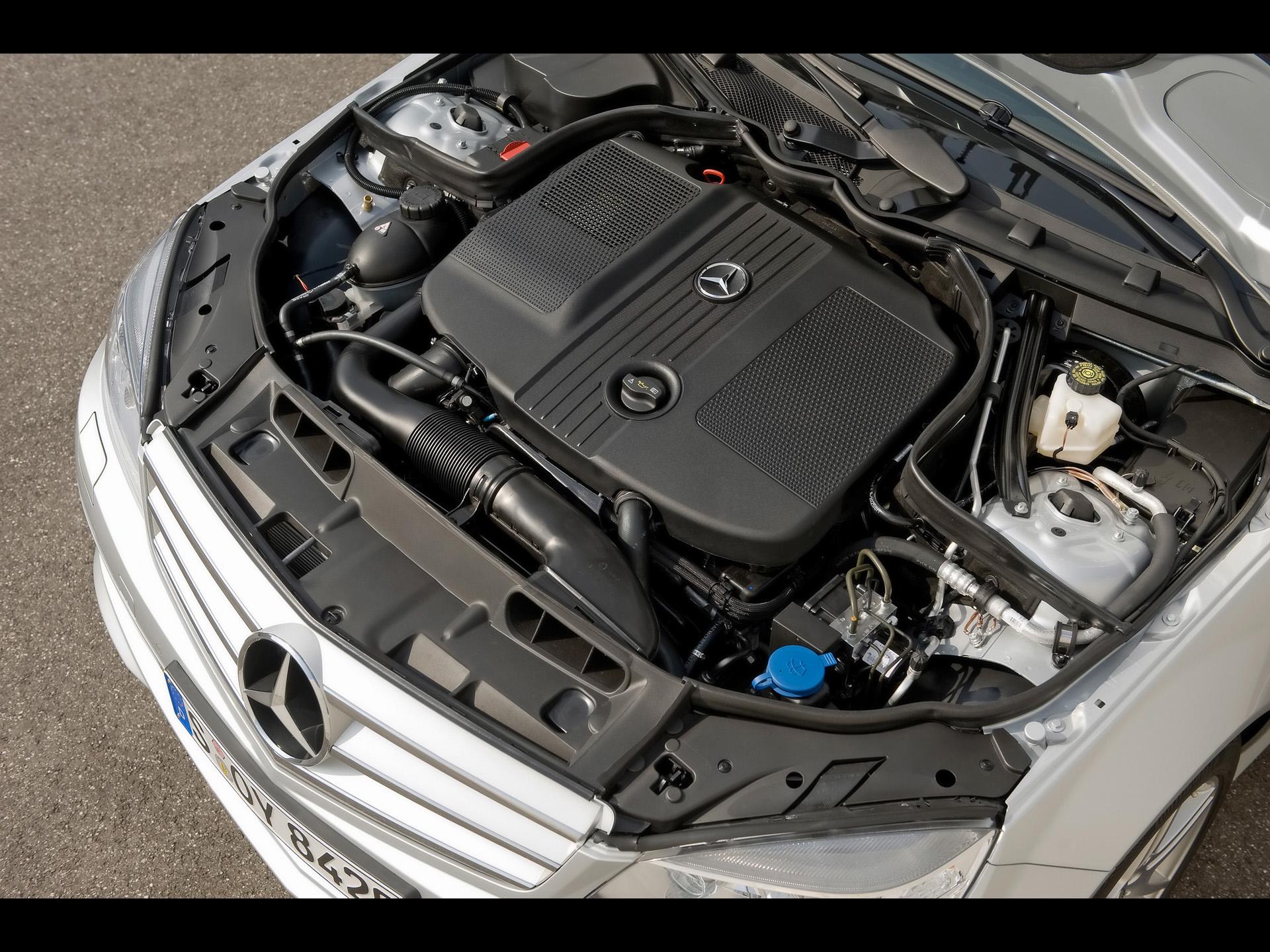 MERCEDES-BENZ 250 engine