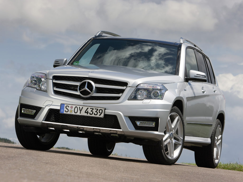 MERCEDES-BENZ GLK blue