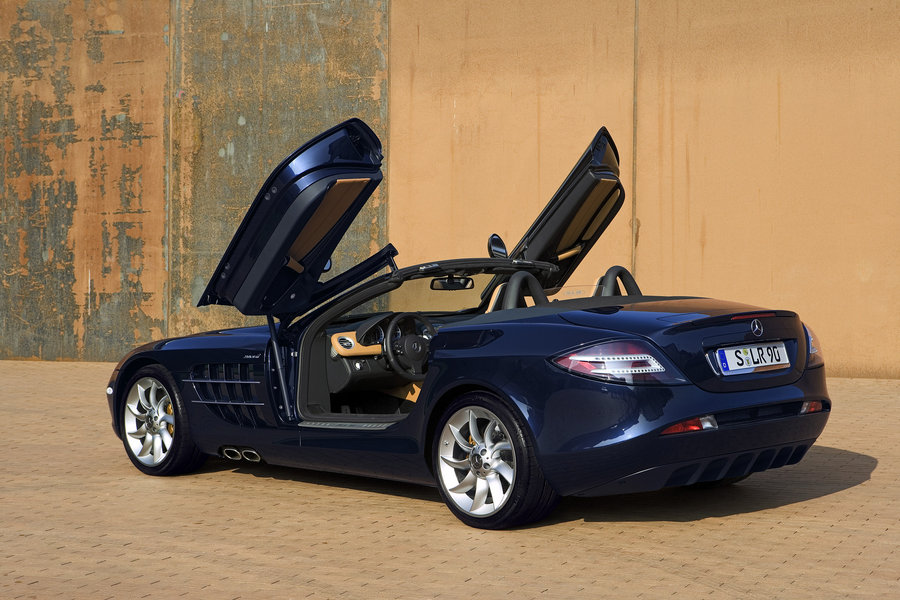 MERCEDES-BENZ SLR blue