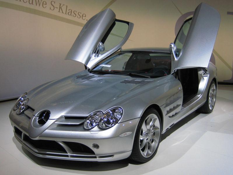 MERCEDES-BENZ SLR silver