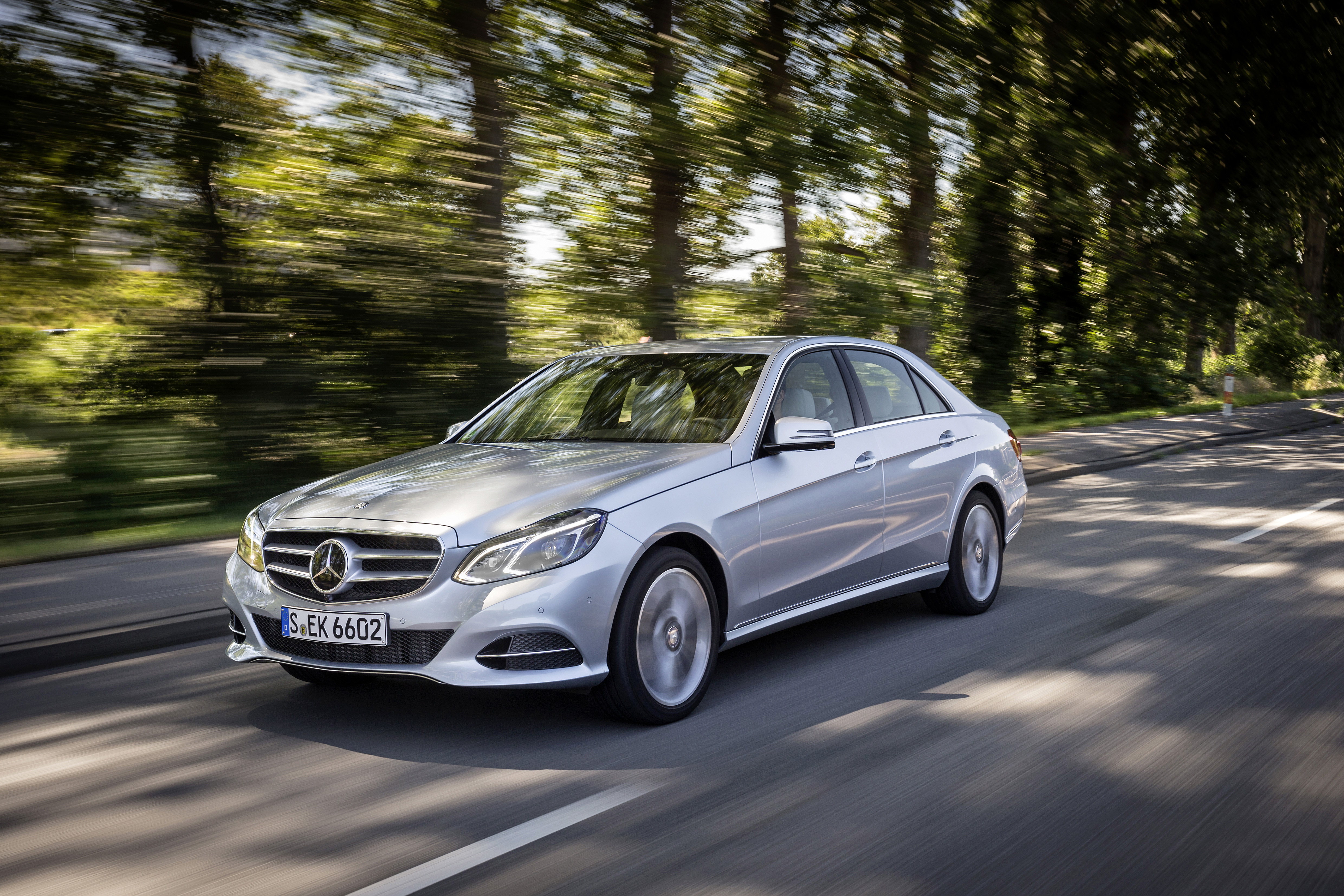 mercedes-benz wallpaper (Mercedes-Benz E-Class)