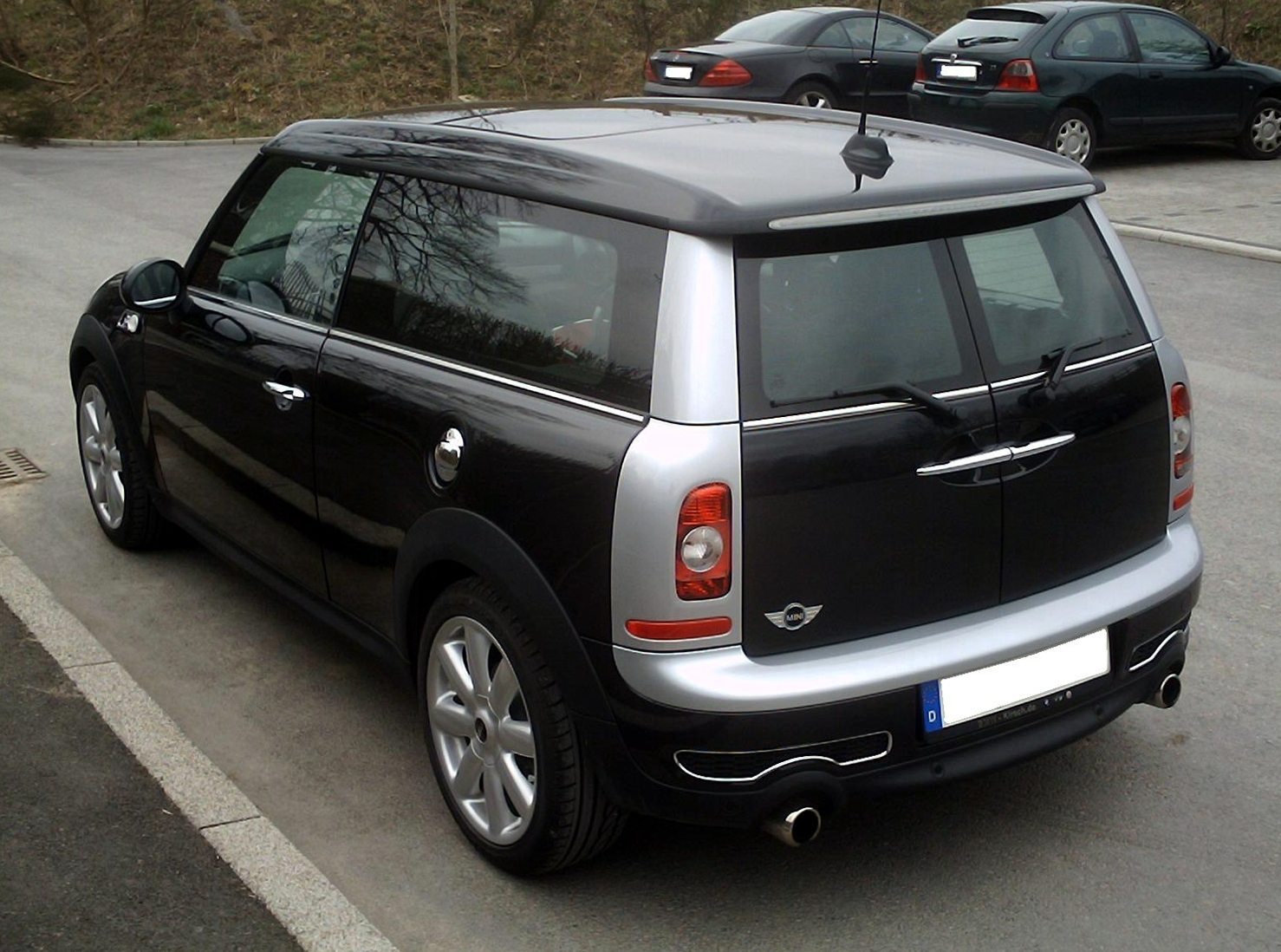 mini clubman review and photos. Black Bedroom Furniture Sets. Home Design Ideas